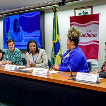 Deputada Rosangela Gomes participa de debate sobre o aumento do encarceramento feminino