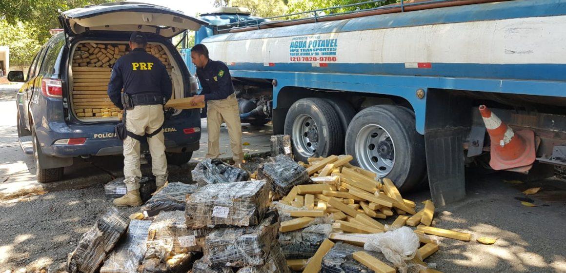 PRF apreende mais de uma tonelada de maconha no Arco Metropolitano, em Itaguaí