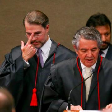 Toffoli derruba decisão que mandou soltar presos condenados em 2ª instância e que poderia liberar Lula