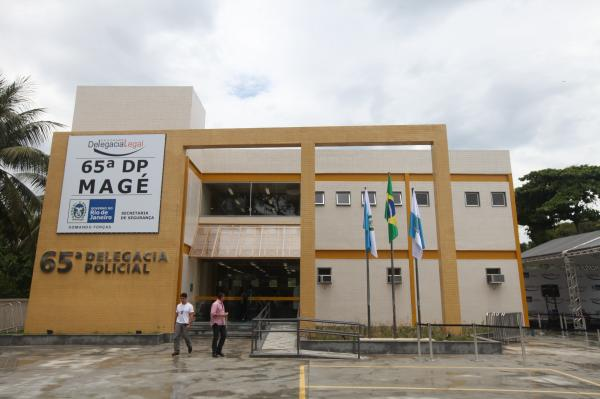 Policiais da Delegacia de Magé realizam operação na Baixada Fluminense