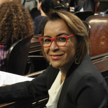 Deputada Tia Ju reafirma candidatura a Presidência da Alerj durante entrevista a Radio CBN