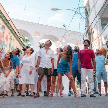 Peneira encena histórias sobre rua da Lapa e discute questões relacionadas a micropolítica