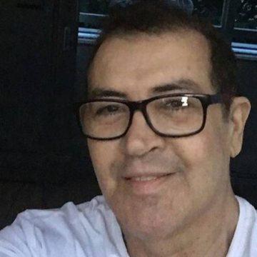 """Beto Barbosa comemora 64 anos e acura de um câncer e diz: """"E bom viver"""""""