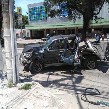 Acidente com 13 veículos na Alameda São Boaventura, em Niterói
