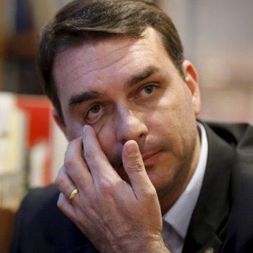 Ministro do STF reabre investigações a Flávio Bolsonaro
