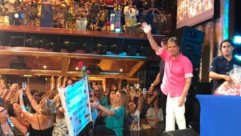 Cruzeiro do cantor Roberto Carlos troca de navio em 2020