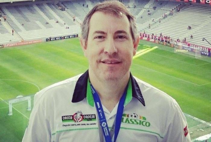 """Sobrevivente do voo da Chapecoense, Rafael Henzel morre de infarto após jogar o """"pelada"""""""