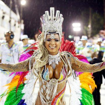 Padre Miguel, Rocinha e Belford Roxo se destacam no 1º dia de desfiles da Série A no Rio