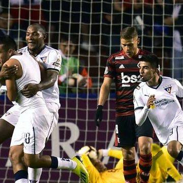 Flamengo leva virada da LDU, e situação na Liberta fica mais complicada