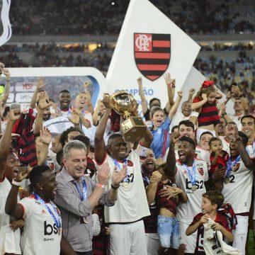 """Após título, Flamengo se prepara confiante contra a LDU na altitude de Quito: """"Já jogamos mais alto"""""""