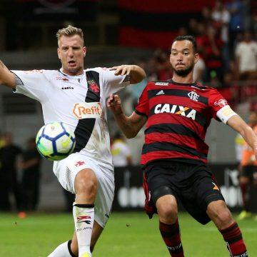 Vasco e Flamengo medem forças no  primeiro jogo da final do Cariocão
