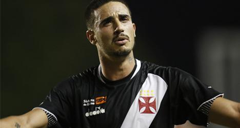 """Thiago Galhardo é afastado do Vasco: """"Não faz mais parte dos planos"""", diz comunicado da diretoria"""