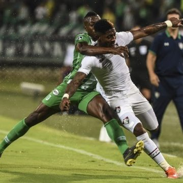 Fluminense perde fora de casa, mas se classifica na Copa Sul-Americana