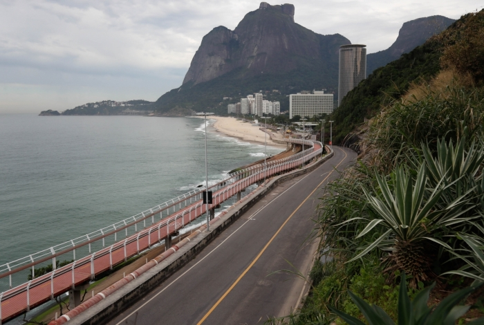 Niemeyer passa por perícia nesta quinta-feira