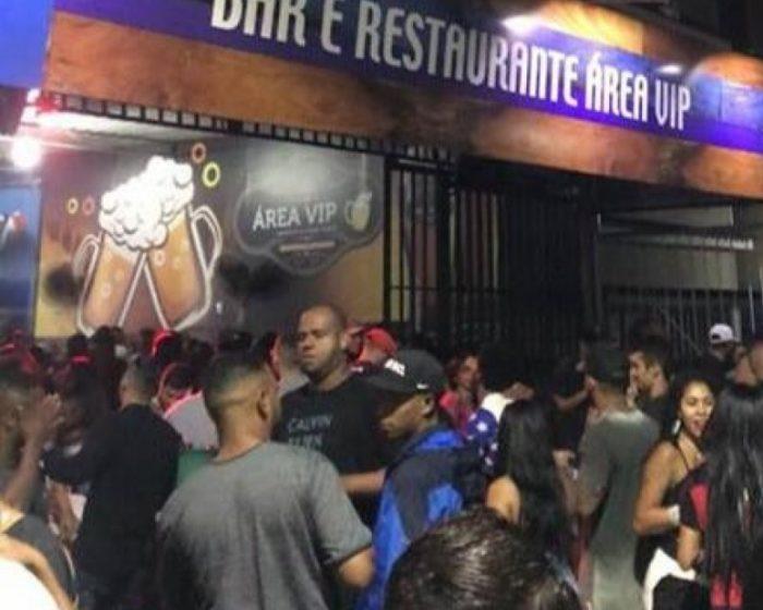 Duas pessoas morrem e outras duas ficam feridas em tiroteio durante baile funk que acontecia em bar de Nilópolis