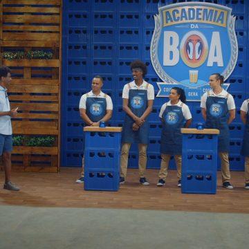 Habilidade na cozinha é testada pelos participantes no terceiro episódio do reality Academia da Boa