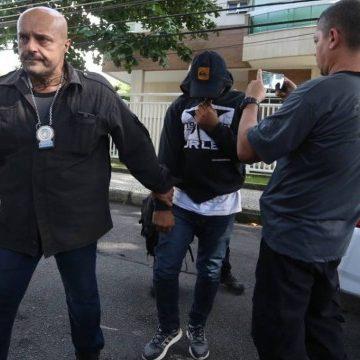 PM Ferreirinha, acusado de atrapalhar investigação dos assassinatos de Marielle e Anderson, se entrega à polícia