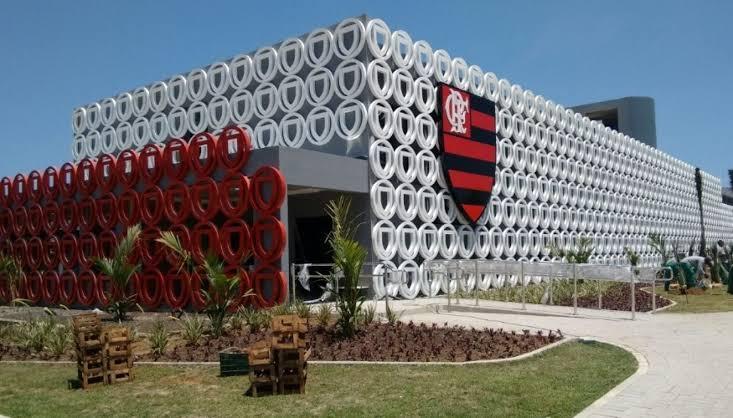 Três meses após a tragédia, base do Flamengo volta aos treinos no Ninho do Urubu