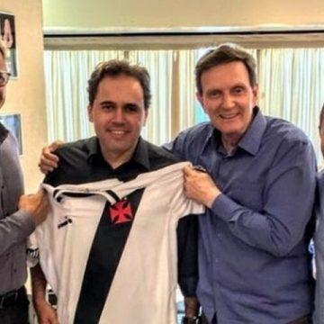 """Crivella diz que Ciclovia Tim Maia deveria se chamar Vasco, pois """"vive caindo"""""""