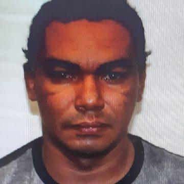 Preso homem que matou outro a tiros na Avenida Brasil após discussão em forró