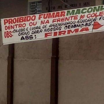 Traficantes usam faixa para proibir o uso de maconha dentro e fora de escola em São Gonçalo