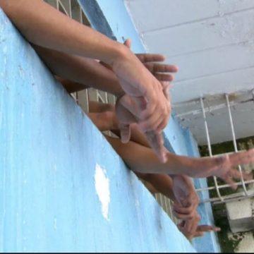 Cerca de 400 menores infratores devem ser soltos no RJ a partir de hoje