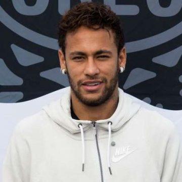 Justiça brasileira bloqueia 36 imóveis de Neymar, incluindo mansões de luxo, diz jornal