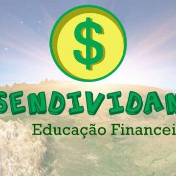 Projeto Desendividando leva educação financeira para jovens e adultos