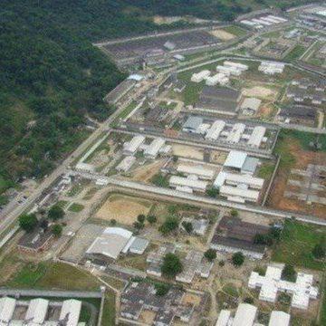 Agentes penitenciários sofrem intoxicação após apreensão de celulares na Zona Oeste do Rio
