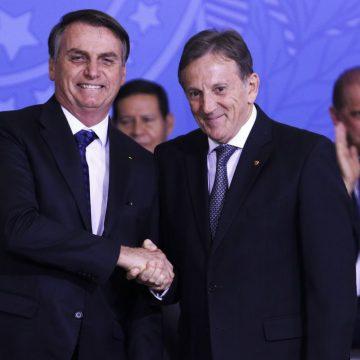 Floriano Peixoto toma posse na presidência dos Correios