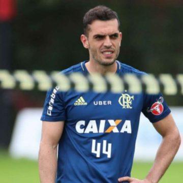 Flamengo teria liberado zagueiro para negociar com clube da Série A