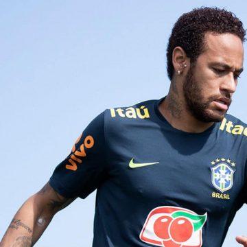 Suposta vítima de Neymar vai depor nesta quinta-feira em São Paulo