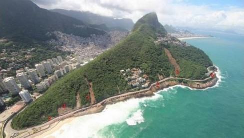 Laudo aponta despejo de esgoto como risco para novos desabamentos na Niemeyer