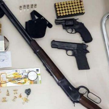 Cheque de R$ 1 milhão é encontrado em operação contra envolvidos com milícia