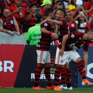 """Flamengo com a cara de """"Jesus"""" goleia o Goiás no Maracanã por 6 a 1.Show de Arrascaeta e Gabigol"""