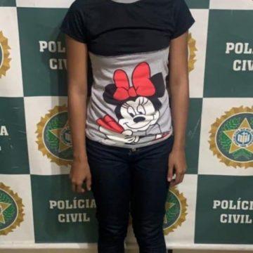 Polícia prende madrasta que espancou até a morte enteado de 2 anos
