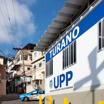 PMs da UPP Turano são atacados a tiros no Rio Comprido
