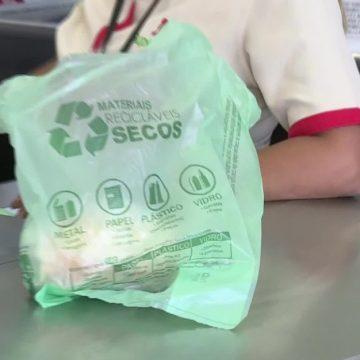 Consumo de sacolas plásticas caiu 39,2% no RJ após lei entrar em vigor