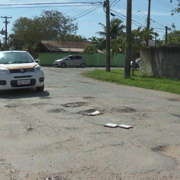 Detran suspende exames de carteira de habilitação em circuitos do RJ por causa de buracos em pistas