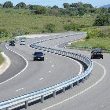Pedágio tem reajuste anual, e motoristas pagarão tarifa mais cara na Via Lagos