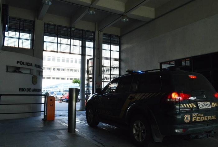 Cabo da PM é preso pela Polícia Federal por pedofilia em Paciência