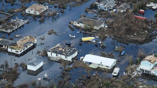 Ajuda após furacão nas Bahamas ainda é insuficiente, diz voluntária que mora no arquipélago