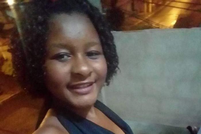Velório de adolescente morta por suspeita de envenenamento acontece nesta sexta-feira