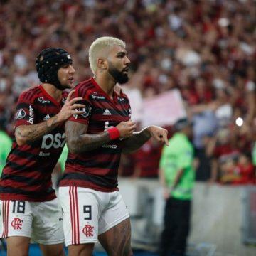 Flamengo faz 5 a 0, atropela o Grêmio no Maracanã e vai à final da Libertadores