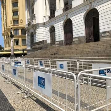 Projeto que limita transporte por app no Rio volta à pauta e Câmara tem segurança reforçada