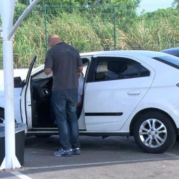 Delegacia do Aeroporto Galeão prende motoristas de aplicativos que usavam perfis falsos