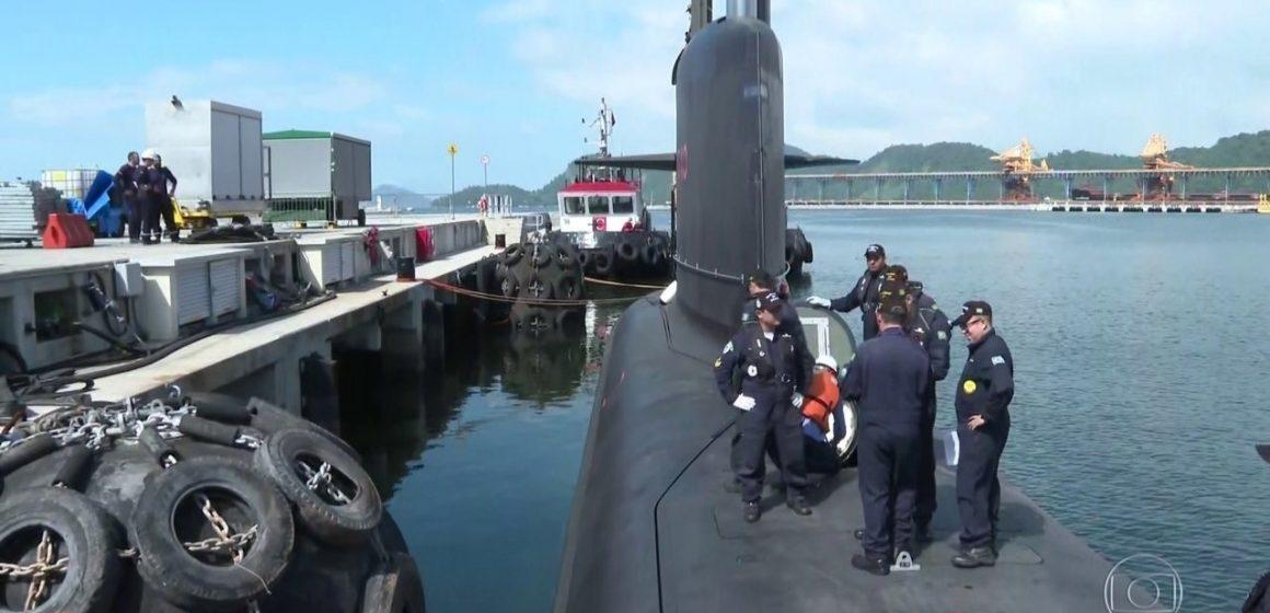 No Rio, o mais moderno submarino brasileiro faz primeiro teste de submersão