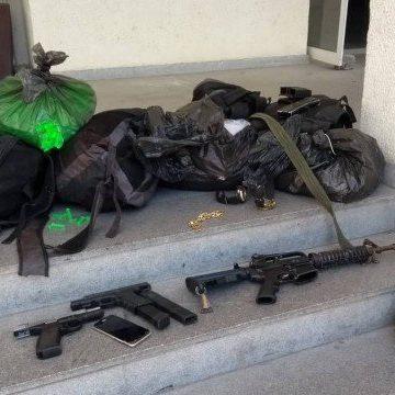 Polícia faz operação para prender quadrilha de roubo de cargas e de carros no Chapadão