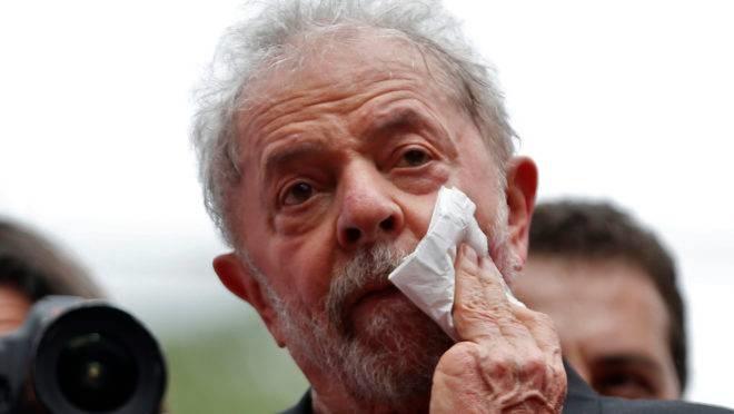 TRF-4 mantém condenação de Lula e aumenta pena no caso do sítio de Atibaia