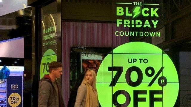 Black Friday: lojas elevam preços na véspera para maquiar descontos; alta é de até 42%